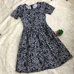 LuLaRoe Black and White Amelia Dress NWOT